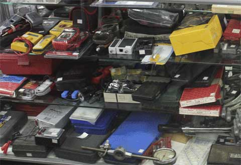 Electronic Devices in Azusa Pawn, California