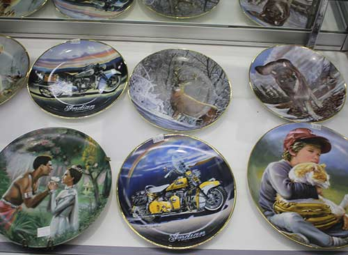 Limited edition collectibles in Azusa, California