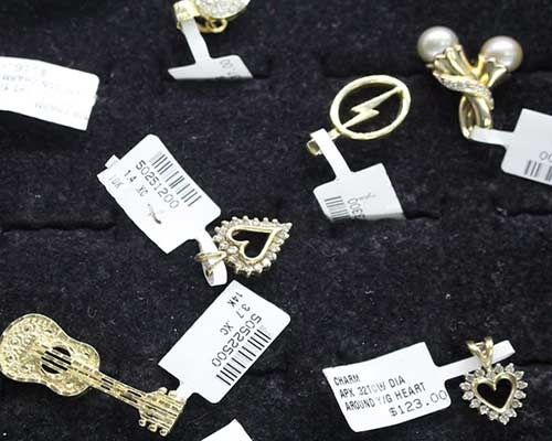Best place to buy, sell or pawn golden jewelry near Arcadia, California